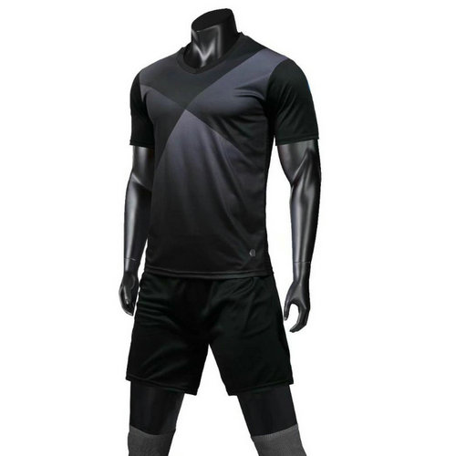 Top Quality Soccer Jerseys Adult Loose Breathable Customized Football Jerseys